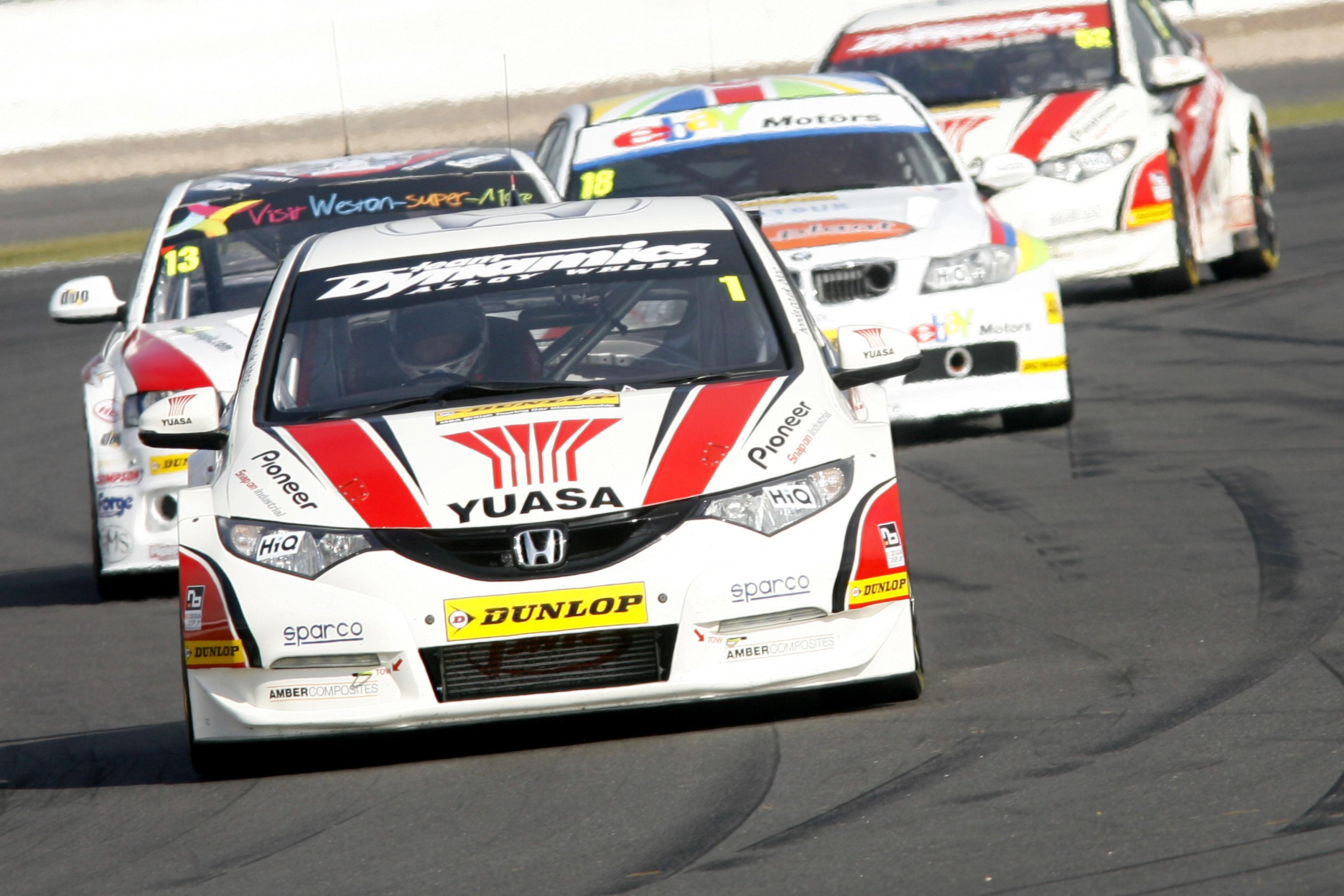 Matt Neal (GBR) Honda Yuasa Racing Honda Civic