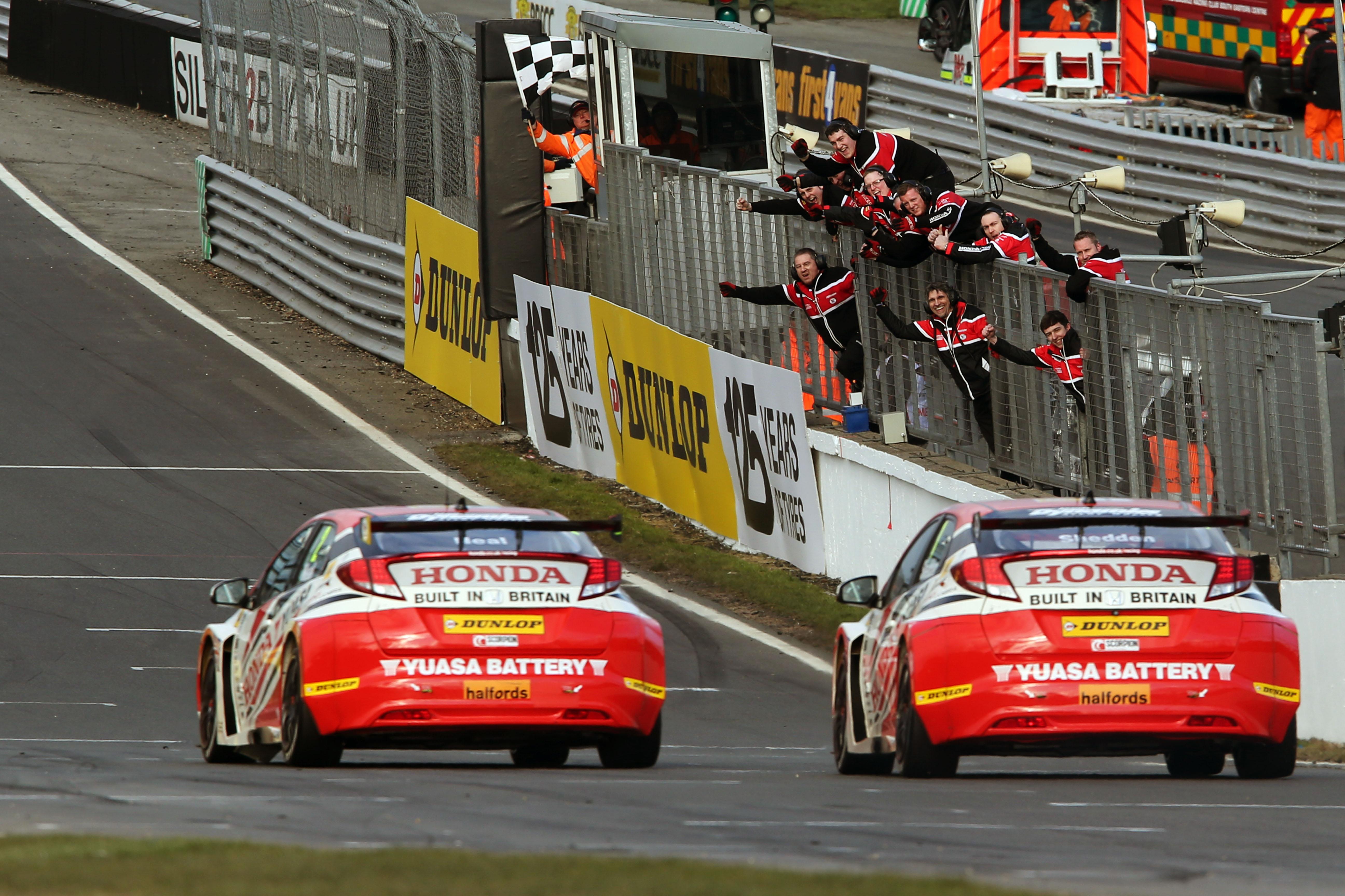 Matt Neal and Gordon Shedden, Honda Yuasa Racing team, Round One at Brands Hatch