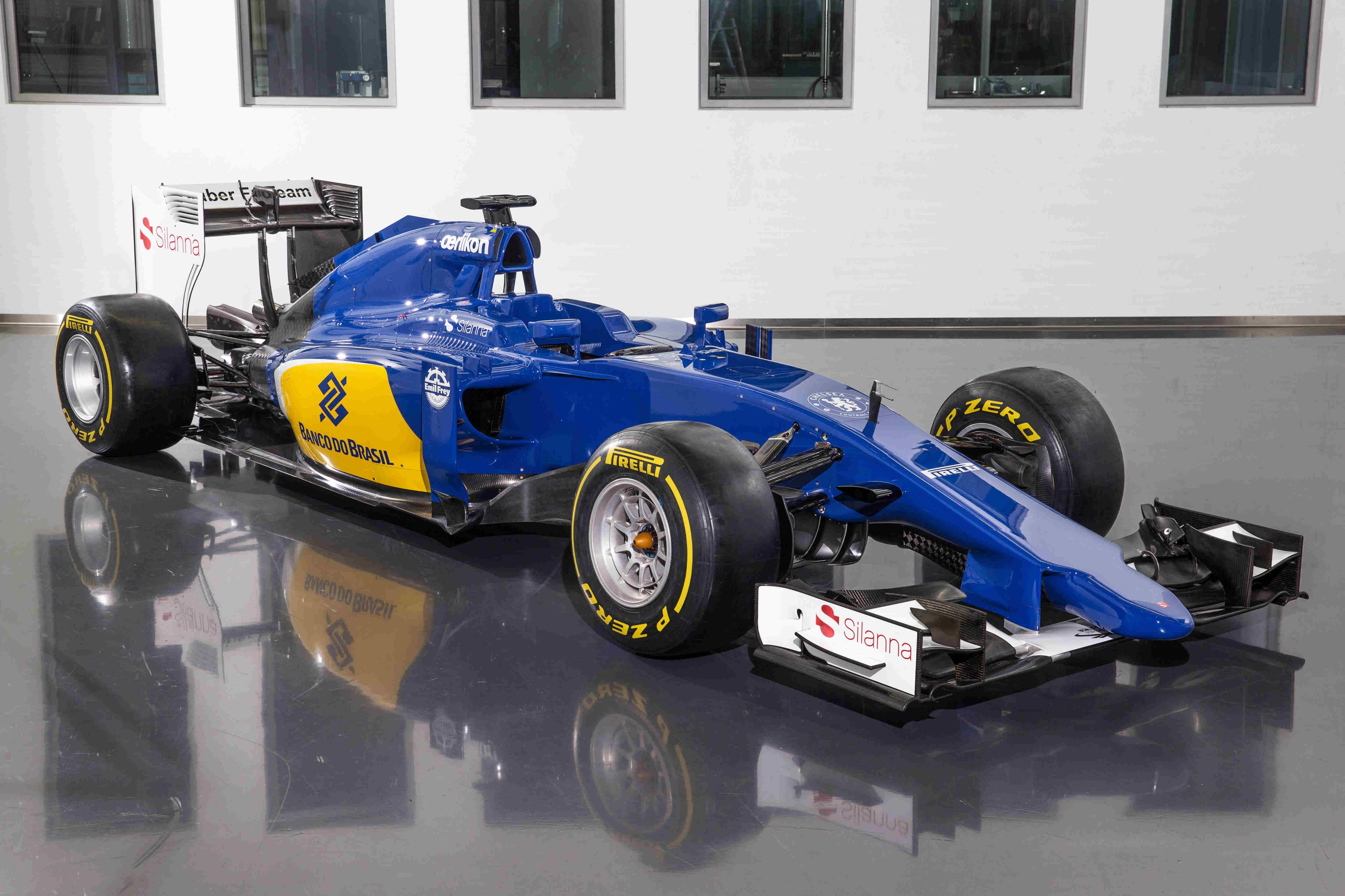 20150130_Sauber_C34-Ferrari_Front_Sidesc