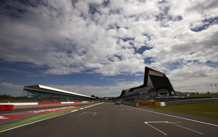 Silverstone large