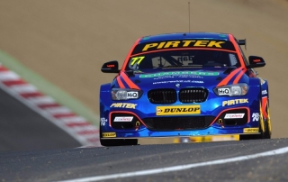 BMW Pirtek Racing.Brands Hatch 1