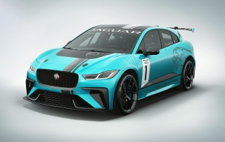 Jaguar I-PACE eTROPHY racecar studio (3)